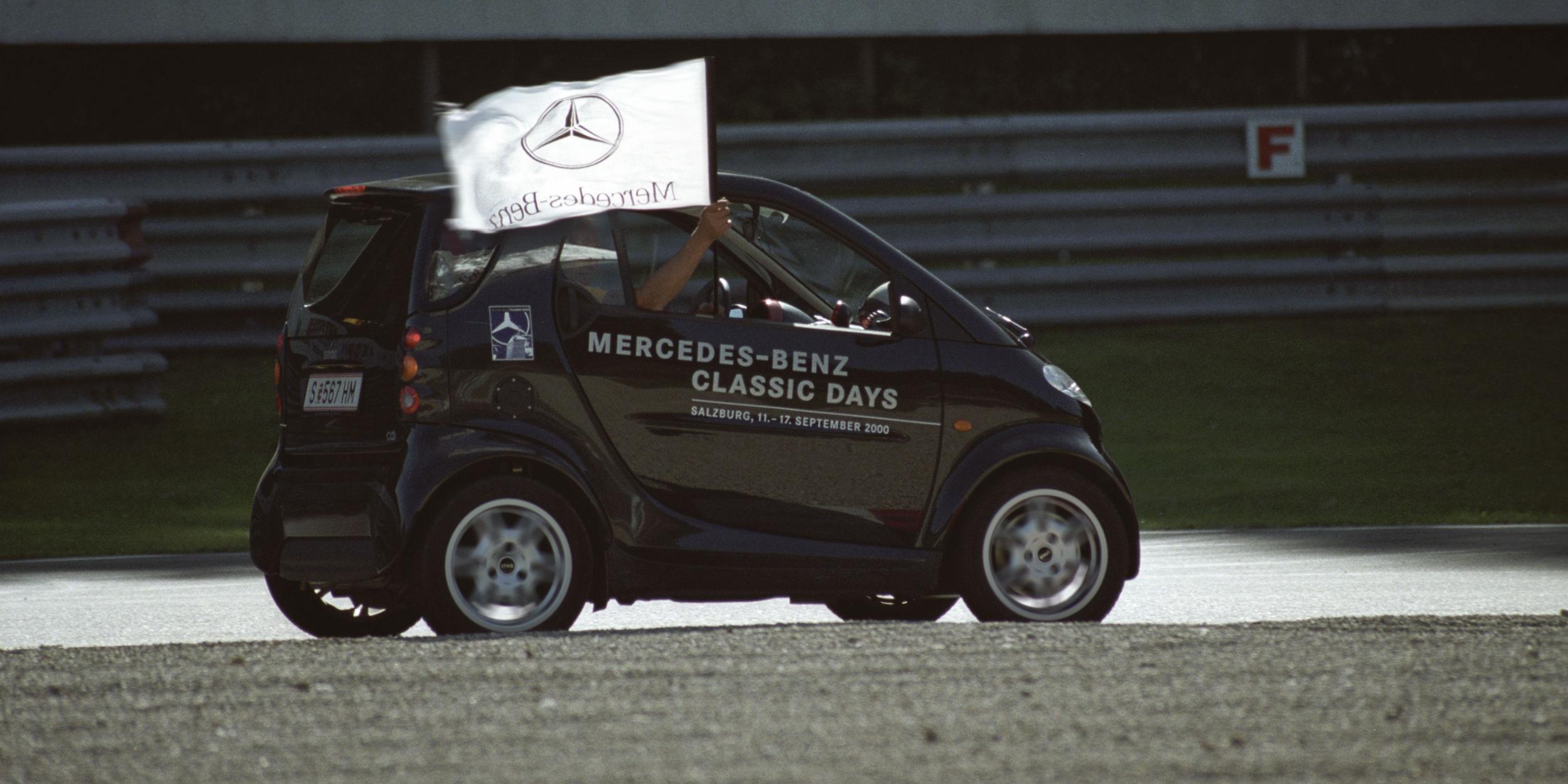 Eventfotografie Stuttgart Umgebung, Deutschland weit und International Classic Days Salzburg Salzburgring Rennstrecke Classic Cars Oldtimer Mercedes Classic Car Club Analogfotografie 7 Tage schwitzen Mercedes Benz