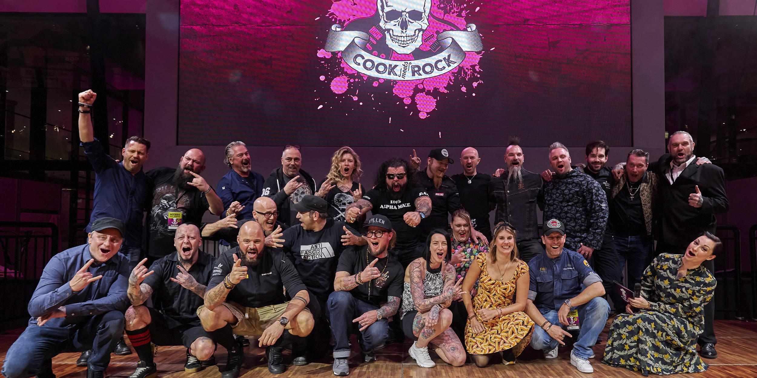 Eventfotografie Stuttgart Umgebung und Deutschland weit Cook Meets Rock das Charity Event das Rockt essen geniessen Rock Musik viele Köche Genuss KULINARIK, KÖRPERKUNST, LIVEMUSIK bei der wohl größten Rock´n´Roll-Lifestyle-Küchenparty Deutschlands: COOKmeetsROCK! FRANK OEHLER, RALF ZACHERL,RALF JAKUMEIT, DOMINIK WETZEL, FELICITAS THEN, OLE PLOGSTEDT, LUDWIG MAURER, HEIKO ARNDT, PATRICK VON VACANO, LUDWIG TASTL, CHRISTIAN ALTENHAIN, MATTHI SEEBO, DANY BASIC, MAKANI TERROR, KIM NOVA, ANDY ENGEL, TOMMY LEE WENDTNER, BENE BADER, MARCO KLOSE