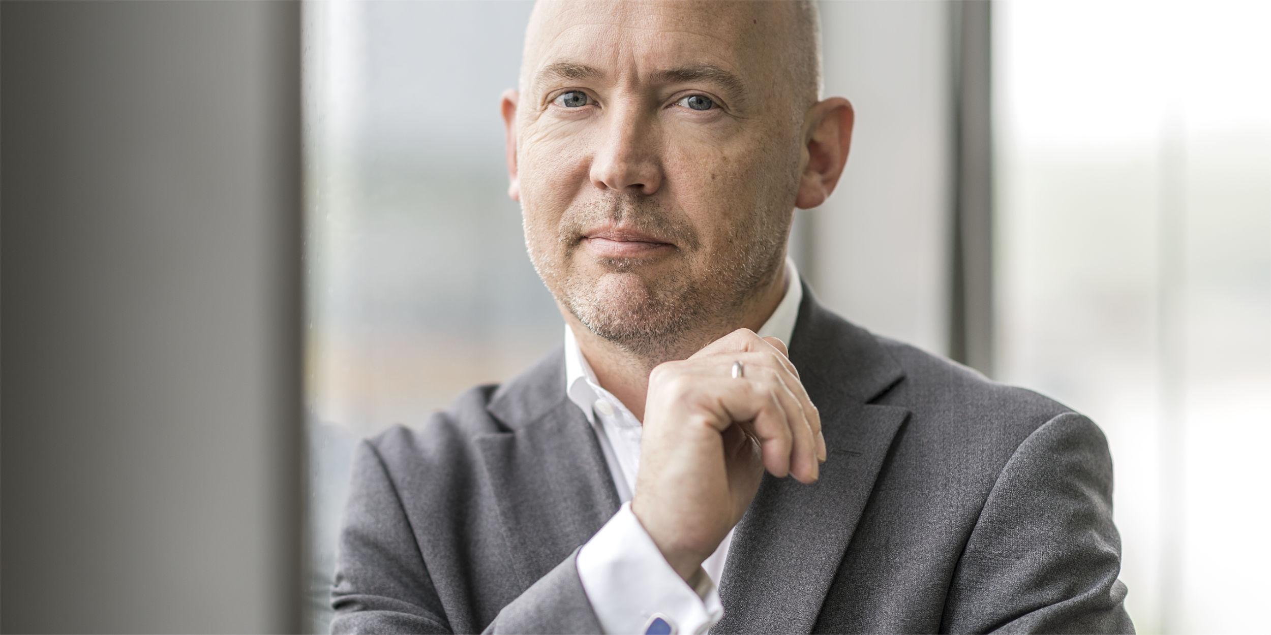 Mitarbeiter Fotografie Stuttgart und Umgebung Mitarbeiterfotos executive now Jeppe Hau Knudsen Feuerbach