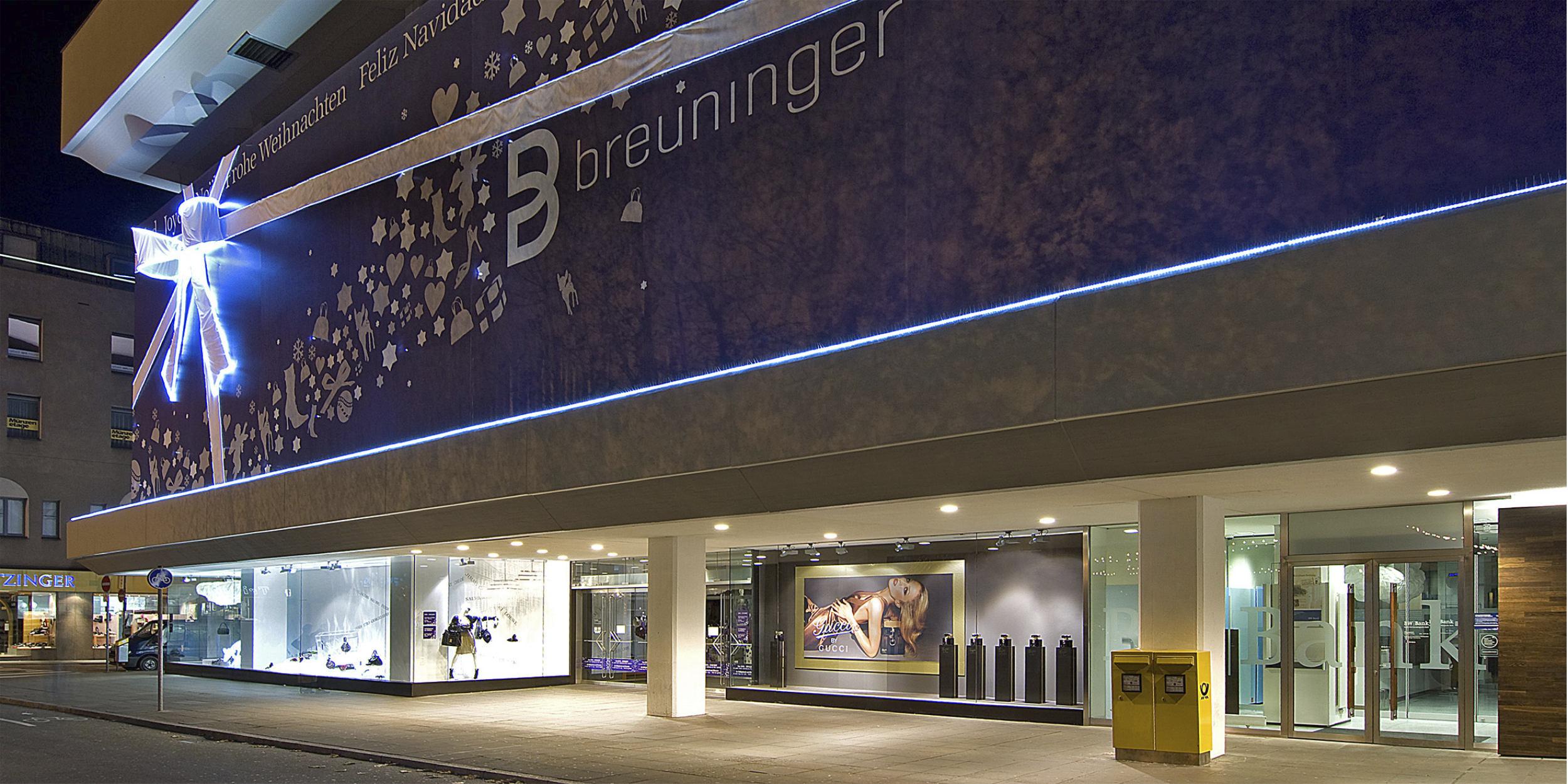 Architekturfotografie Stuttgart und Umgebung GUCCI Promotion Breuninger Stuttgart Aussenarchitektur Innenarchitektur richtige Zeit richtiger Ort