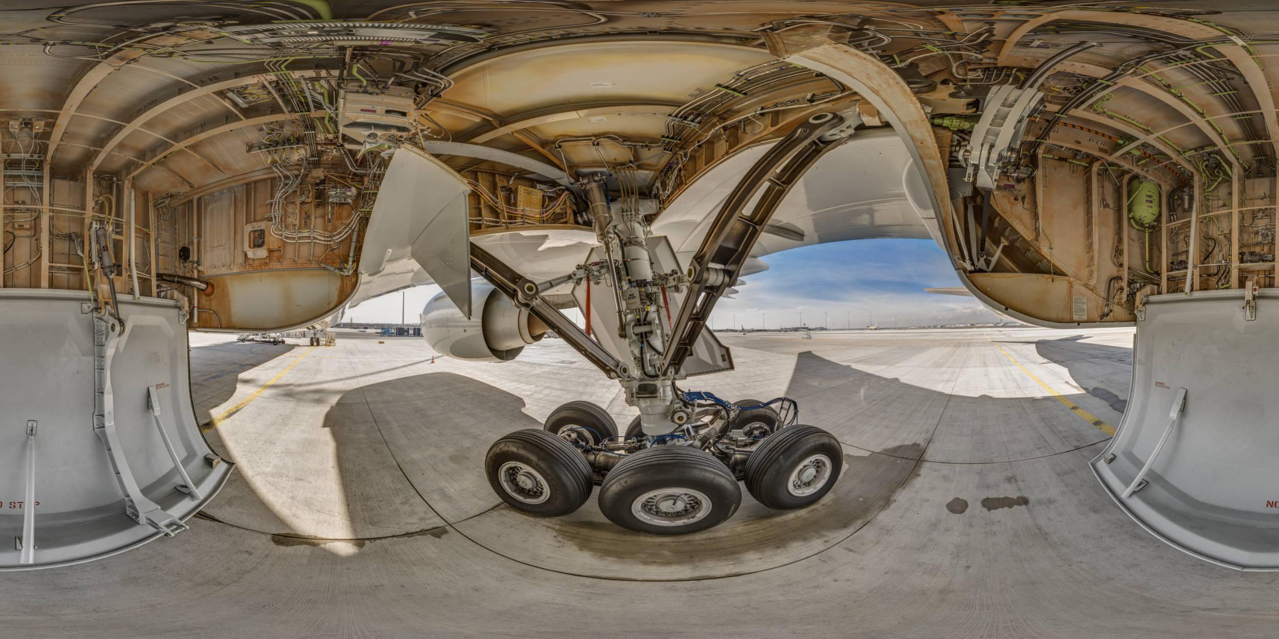 Panoramafotografie Virtuelle Touren 360Grad Fotografie Stuttgart und Umgebung Panorama 360°x180° Sphäre Flughafen Frankfurt Lufthansa Technik Boing 777 Landing Gear Fahrwerk