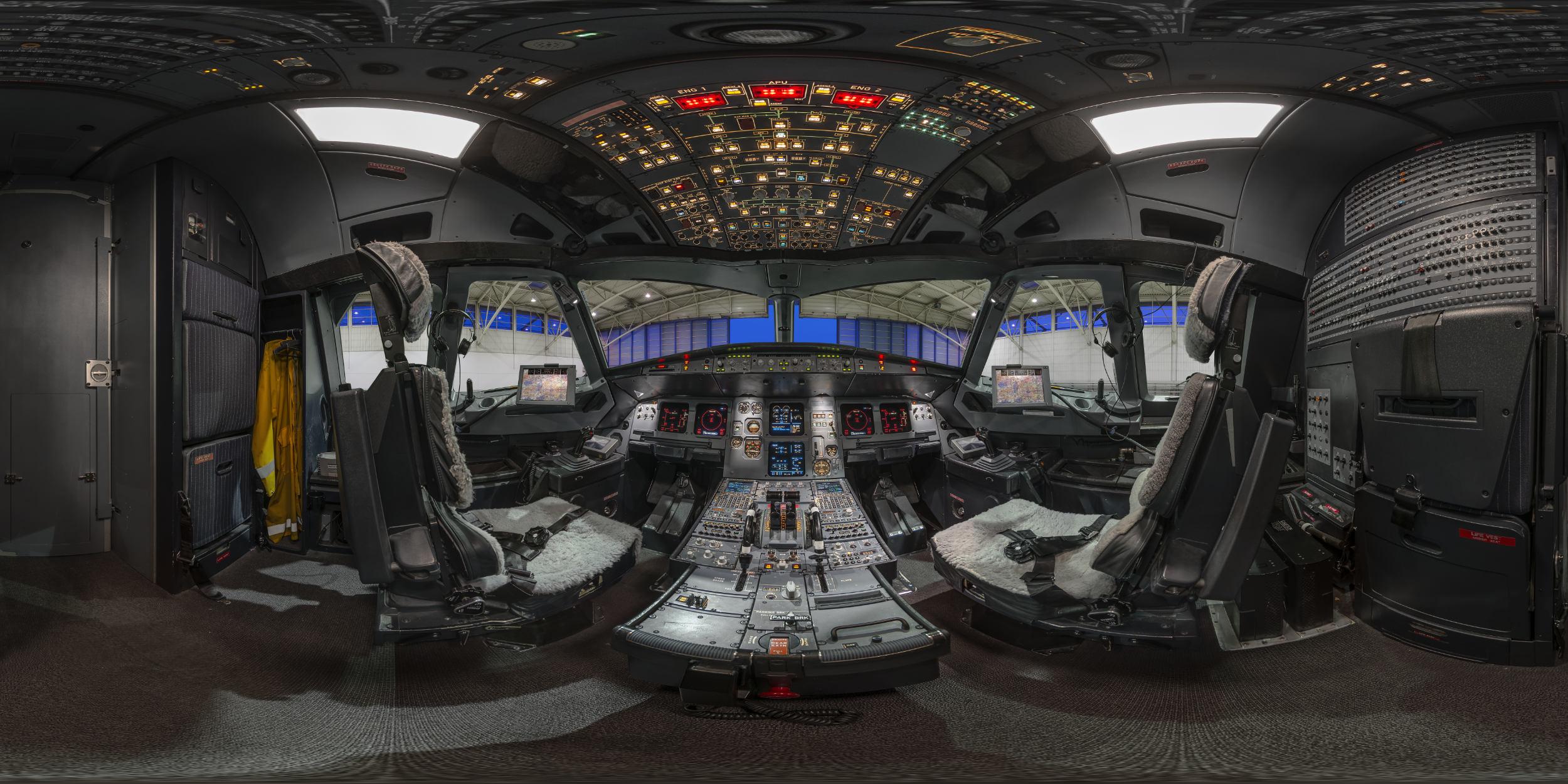 Panoramafotografie Virtuelle Touren 360Grad Fotografie Stuttgart und Umgebung Panorama 360°x180° Sphäre Flughafen Stuttgart LufthansaTechnik Airbus A320 Erfurt Cockpit