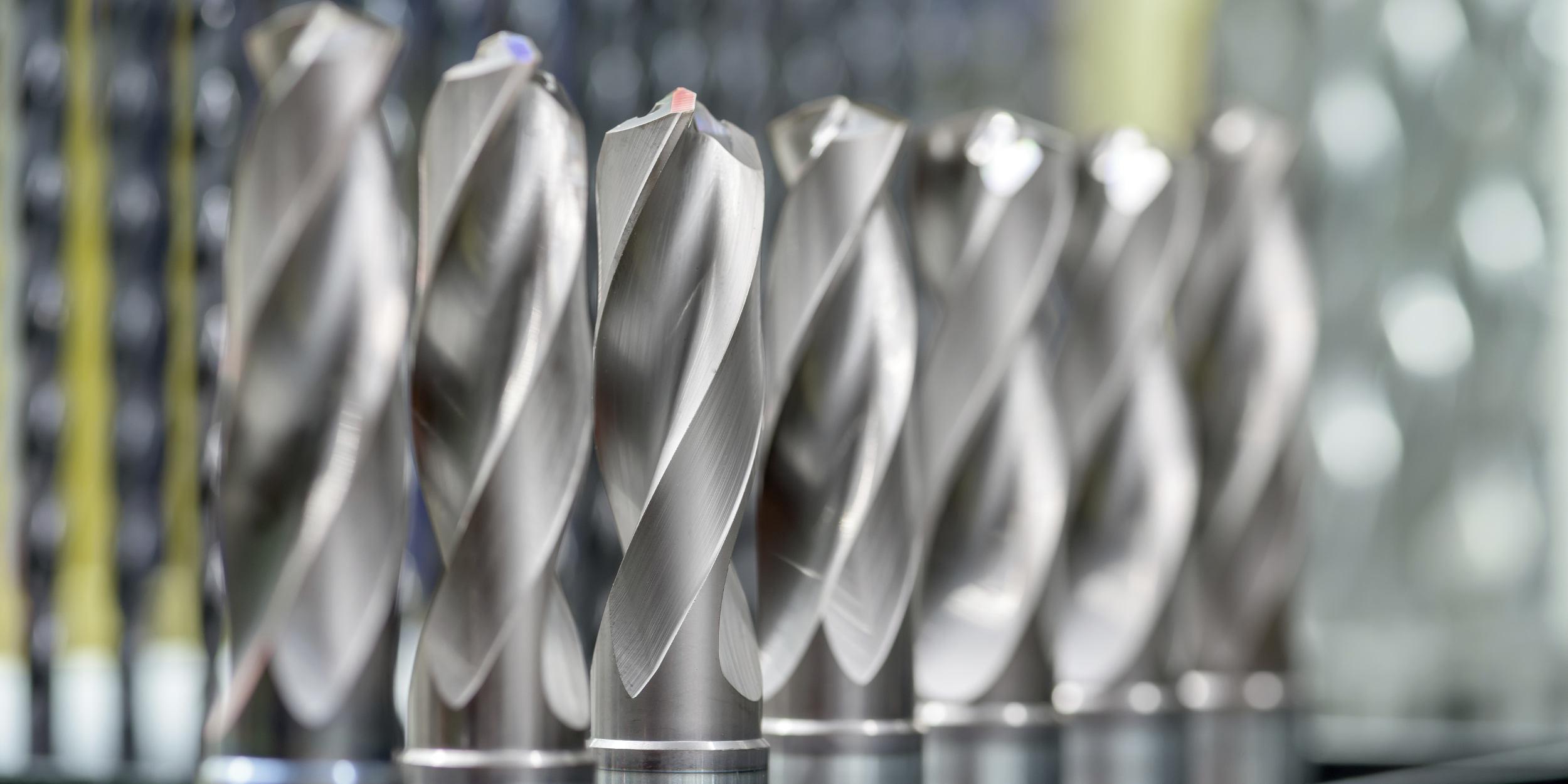Industriefotografie Stuttgart und Umgebung Mercedes Benz Untertürkheim Instandsetzung Werkzeuge Präzision Schneidewerkzeuge Bohrwerkzeug