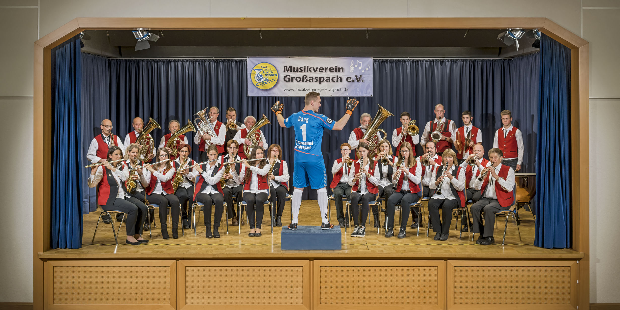 Kalender Fotografie SG Sonnenhof Dorfklub Musikverein Großaspach Dirigent Torwart