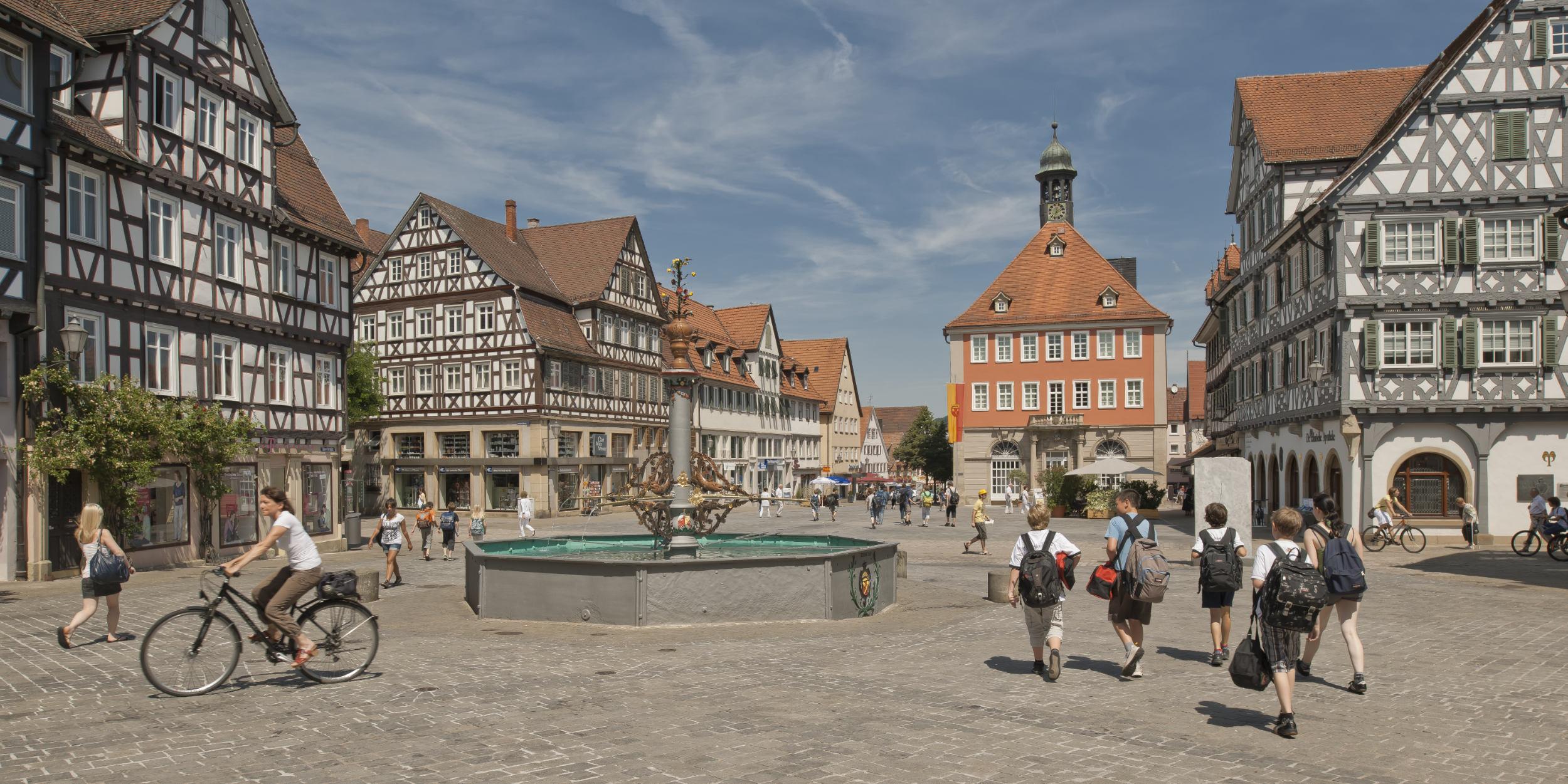 Architekturfotografie Stuttgart und Umgebung Marktplatz Schorndorf Kommune Stadtliebe Werbung Tourismus richtige Zeit richtiger Ort