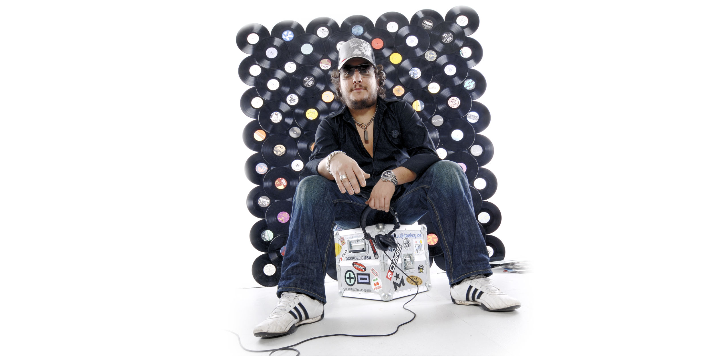 People Fotografie Stuttgart und Umgebung Charakter Portrait DJ Teekay Platten Promo Cover